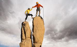 Недостаточно достигнуть вершины, нужно еще и удержаться на ней.