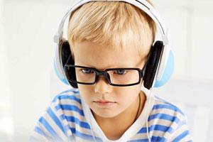 Подойдут ли вашему ребенку занятия с носителем по Скайпу? Узнайте из нашей статьи.