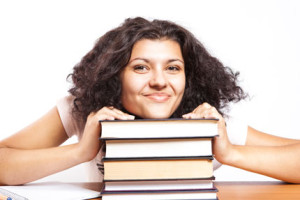 Хорошая книга всегда поднимет настроение, независимо от того, на каком языке она написана.