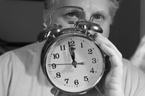 Time stays long enough for anyone who will use it. - Leonardo Da Vinci (Время задерживается надолго для тех, кто его использует. - Леонардо да Винчи).