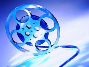 Кино — один из трех универсальных языков, два других — математика и музыка. (Фрэнк Капра)