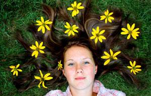 Дети — цветы жизни. В зависимости от подхода в воспитании можно вырастить лилию или кактус.