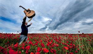 Совершенствуйте свой музыкальный вкус, пусть песни на английском языке зазвучат по-новому.